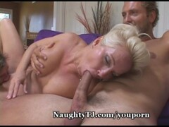 College babe Petra sprayed by jizz after casting fuck Thumb