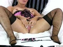 Blonde Cougar Sally Taylor Fucks Big Dildo Thumb