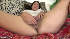 Sensual brunette gets her pussy nailed Thumb