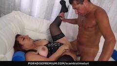 SCAMBISTI MATURI - Italian BBW mature ass fucked Thumb