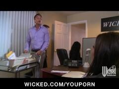 Hot horny MILF boss deepthroats employees dick in Thumb