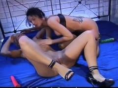 HOT Lesbian Ass-Licking Thumb