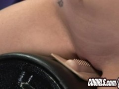 Hot blond orgasms on the sybian Thumb