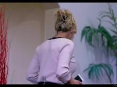 Brandi Love & Kira Noir Thumb