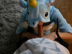 Housewife In Nylons Teases  Neighbours Thumb