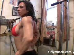 Alexis - DirtyMuscle Gym Workout Thumb