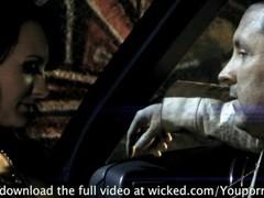 ALEKTRA BLUE LOVES FUCKING IN THE CAR Thumb