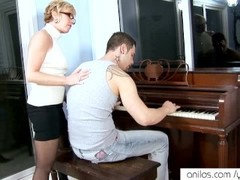 Horny granny seduces student Thumb