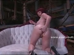 Busty milf whore with an amazing large ass sticks everything in it showing how large can it be Thumb