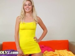 hot blonde making dildo show Thumb