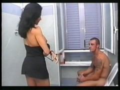 You interrupt me in the bathroom? - Jet Multimedia Thumb