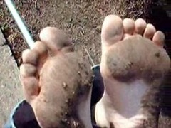 Donna's Dirty Feet Thumb