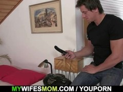 He finds her dildo and she sucks his cock Thumb