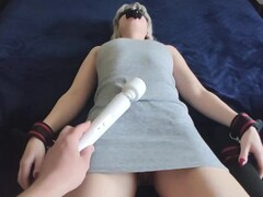 He tortured my pussy with an orgasm and laughed Thumb